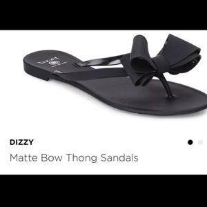 NWT  ladies Dizzy slide/sandals✨